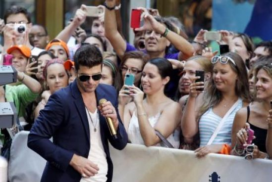 Robin Thicke performs on the NBC Today Show at Rockefeller Center in New York City on July 30, 2013.