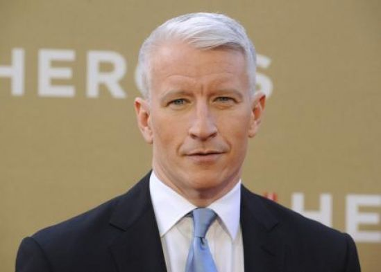 Man arrested charged for stalking CNNs Anderson Cooper