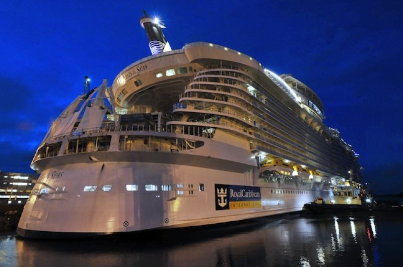 Senator warns cruise lines to improve reporting of onboard crimes